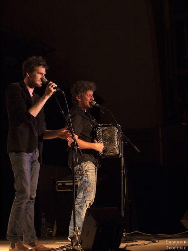 Photographie d'Envoyés Spécials chez Renaud au Festival Merci Les Potes
