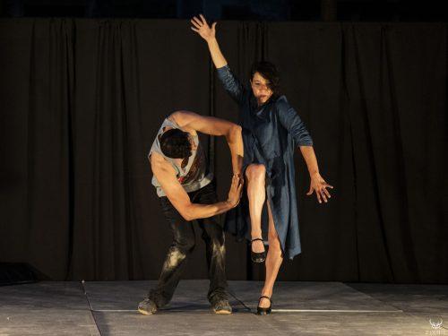 Alexandra N'Possee et Antonia Flamenco  dans une danse improvisé